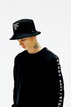 de430786391 thisisneverthat-fallwinter-2014-navystudy-lookbook-22 Kpop Fashion