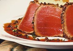 Lightly seared Ahi Tuna, crusted in a colorful mix of peppercorns compliment a luxurious creamy risotto chock full of wild mushrooms. Tuna Steak Recipes, Fish Recipes, Seafood Recipes, Nigiri Sushi, Seared Tuna, Tuna Steaks, Pepper Steak, Mushroom Risotto, Chinese Restaurant