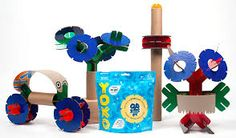 YOXO - Y, O and X links connect in thousands of ways and attach to stuff around your house (like paper towel tubes and cereal boxes) to build anything you can imagine! Recycled Toys, Paper Towel Tubes, Inspiration For Kids, Recycling Bins, Green Building, Building Toys, Gift Guide, Play, Christmas Ornaments