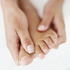 Comment réhydrater ses mains et ses pieds en hiver ?