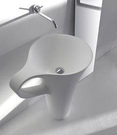 Sink with coffee cup design.....@Allison Henry would u judge me if I had this in my house?