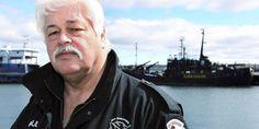 Chasse à la baleine : démission du fondateur de Sea Shepherd, recherché par la police