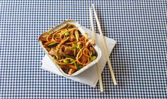 This is a fun, easy to make, guilt free edition of the classic. It is low in saturated fat, sugar and salt, and tastes great. Uk Recipes, Diabetic Recipes, Low Carb Recipes, Diet Recipes, Healthy Recipes, Healthy Meals, Healthy Food, Healthy Eating, Chicken Chow Mein