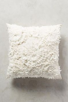 Georgina Pillow - anthropologie.com