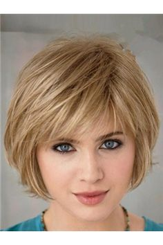 Cute short haircut, love the textured bangs.