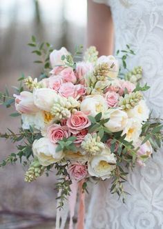 Olivia Ashton and Seventh Stem Floral Design - cream and pink bridal bouquet with flowing ribbons