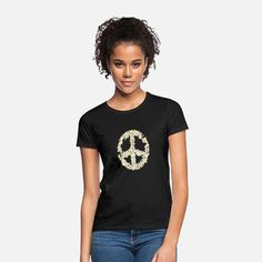 Peace - Gänseblümchen Frauen T-Shirt T Shirt Designs, Pullover, Looks Vintage, How To Roll Sleeves, Color Negra, Sweat Shirt, Woman Quotes, Custom Clothes, Outfit