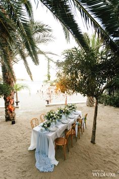 Beach chic | WedLuxe – To The Sea | Photography by: Betsi Ewing Follow @WedLuxe for more wedding inspiration! #wedluxe #wedluxemagazine #weddingdecor #weddinginspo #inspo #beachwedding