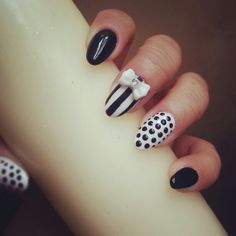 Black and White Pedicure Polka Dot Pedicure, White Pedicure, White Stiletto Nails, Coffin Shape Nails, Diamond Nails, Nail Treatment, Fabulous Nails, Simple Colors, Cool Nail Designs