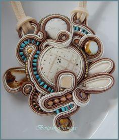 Bézs aszimmetrikus sujtás nyaklánc - Beige asymmetrical necklace soutache Soutache Pendant, Brooch, Beige, Rings, Mint, Brooches, Ring, Jewelry Rings, Ash Beige