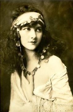 Marjorie Leet