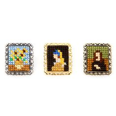 Cross stitch brooch based on pixel art. Original Japanese jewellery representing Masterpieces of painting. By Makoto Oozu Tiny Cross Stitch, Cross Stitch Designs, Cross Stitch Patterns, Diy Embroidery, Cross Stitch Embroidery, Embroidery Patterns, Japanese Jewelry, 8bit Art, Pixel Pattern