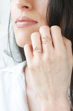 Dainty Rose Gold Rings @phileadesign Bague Géométrique Rose Gold