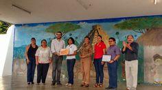 El regidor Jorge Méndez participa en homenaje a profesora progreseña