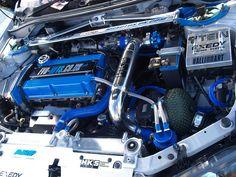 Mitsubishi Evolution Sports Car Engine - 1993     that looks  great