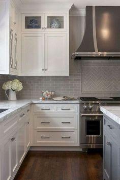 35 The Best White Kitchen Cabinet Design Ideas To Improve Your Kitchen Trendehouse Kitchensetup 35 With Images Kitchen Cabinets Decor Kitchen Design Kitchen Renovation