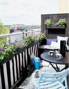 Balcon fleuri de lilas