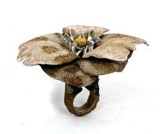 Arata Fuchi Ring: Wild flower, 2011 Oxidized silver, Oxidized silver powder, Fine gold, Palladium 98 x 89 x 61 mm
