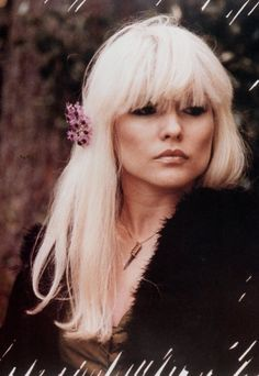 deborah harry stunning and her bangs are so amazing