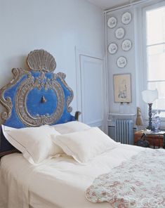 anne-marie midy and jorge almada.  what a bed!  great color too
