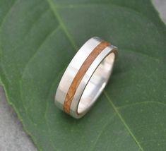 Equinox Kentucky Bourbon Barrel 14k White Gold Wood Ring