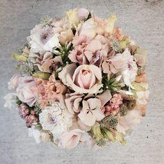 #wedding #flowerdesign #brudebuket #frkaamann
