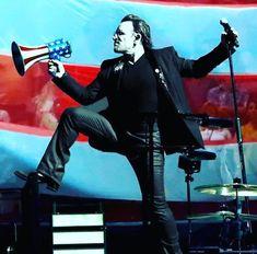 Zoo Station, U2 Songs, Music Is Life, Music Music, Paul Hewson, Larry Mullen Jr, Bono U2, Irish Singers, Adam Clayton