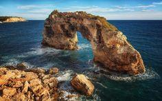 Es Pontas - The Es Pontas Arch at the east coast of Majorca.