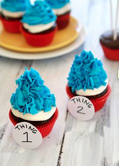 Seuss's Birthday with Thing 1 & Thing 2 Cupcakes, Pink Yink Ink Smoothies, & Cat in the Hat Marshmallow Pops Dr Seuss Party Ideas, Dr Seuss Birthday Party, Twin Birthday Parties, Birthday Ideas, 2nd Birthday, Birthday Snacks, Dr Seuss Cupcakes, Love Cupcakes, Cupcake Cookies