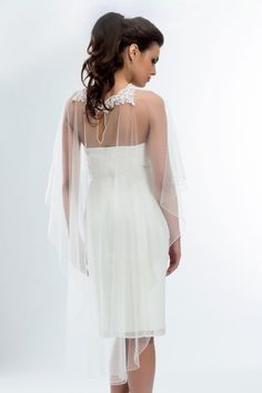 bolro poncho cape etole en dentelle et tulle sur robe ivoire accessoires - Bolero Mariage Blanc
