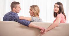 Sin duda alguna, las relaciones de pareja son algo que en la mayoría de las ocasiones, se disfruta, puesto que es sumamente gratificante contar con el apoyo, el cariño y el amor de una persona 24/7. Sin embargo, no siempre es así, en ocasiones pueden tornarse difíciles cuando las discusiones o los desacuerdos aparecen, pero cuando los/las ex's aparecen, el asunto pasa a otro nivel. http://www.psicologiaenaccion.com/cuando-la-ex-pareja-pareja-aparece/