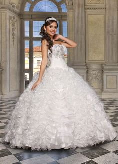 ball gowns Vallejo
