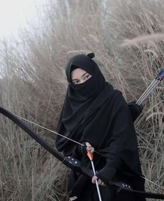 Find images and videos about asian, asia and muslim on We Heart It - the app to get lost in what you love. Mode Niqab, Mode Abaya, Hijab Gown, Hijab Niqab, Hijab Outfit, Anime Muslim, Muslim Hijab, Islam Muslim, Beautiful Muslim Women