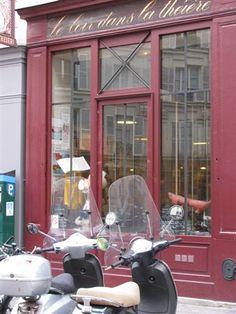 Le Loir dans le Theiere - best lemon meringue pie EVER! http://www.yelp.com/biz/le-loir-dans-la-th%C3%A9i%C3%A8re-paris-2