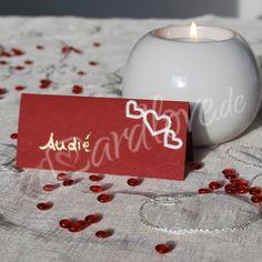 Tischkarte Bordica rot mit Herzen (ohne Beschriftung)