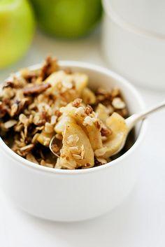 Make having your favorite fall dessert even easier with this Slow Cooker Apple Crisp recipe!