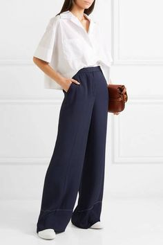 Elizabeth and James - Harmon crepe wide-leg pants Classy Outfits, Casual Outfits, Fashion Outfits, Womens Fashion, Elizabeth And James, Couture Fashion, Wide Leg Pants, Spring Outfits, Street Style