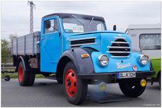 """Granit"" aus Zittauer Produktion Mercedes Benz Unimog, Custom Trucks, Toyota Land Cruiser, Old Cars, Corvette, Cars And Motorcycles, Techno, Vintage Cars, Vehicles"