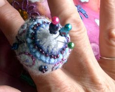 Pincushion ring made from recycled cashmere and wool.