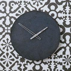 Betonové hodiny nástěnné - Clockies 1708