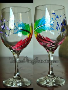 Hand Painted Rainbow Birds of a Feather Wine Glasses; phoenix feather, feather wine glass, birthday gift, phoenix down, gay wedding Decorated Wine Glasses, Hand Painted Wine Glasses, Wine Painting, Bottle Painting, Painting Art, Cute Wine Glasses, Diy Glasses, Decoupage, Wine Craft
