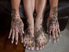 henna tattoo ideas .Please  repin  - Thanks :) !