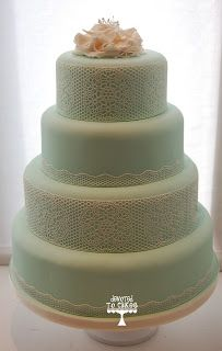 Simple but beautiful wedding cake #mint #cakes #wedding