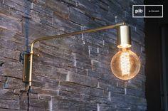 Lampada da muro Janika e molti altri lampade da parete da scoprire su PIB, lo specialista in arredamenti, illuminazioni e decorazioni vintage.