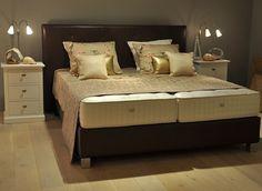 Schramm opruiming boxspring prisma   hoofdbord leer_Old finish bruin 180x210cm sale,kwlaiteit luxe bedden showroom,aanbieding