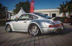 Porsche 911 Classic, Porsche 964, Porsche Sports Car, Porsche Cars, Custom Porsche, Porsche Replica, Datsun Car, Rauh Welt, Vintage Porsche