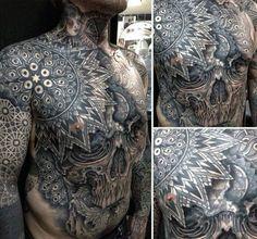 Elaborate and intricate skull tattoo tattoos and piercings тату, череп, вяз Tattoos Skull, Skull Tattoo Design, Skull Design, Tattoo Designs Men, Tatoos, Tattoos For Guys Badass, Cool Chest Tattoos, Cool Tattoos, Amazing Tattoos