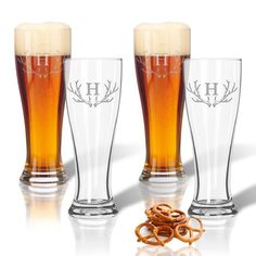 Personalized in style glassware. Personalization is etched with care and great attention to detail.  Dishwasher safe. Made in the USA. Set of 4 - 16oz capacity.  Available with monogram, text or personalized icon.  Production time for this item is 2-3 business days.