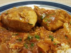 Chicken simmered in a spicy red sauce made with the spice blend berbere is a tasty Ethiopian-inspired main dish. Tart Recipes, Pudding Recipes, Sauce Recipes, Chicken Recipes, Red Chicken, Red Sauce, Heart Healthy Recipes, Spicy, Yummy Food