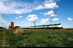 Net Photo: GWRS 2001 Great Western Railway MLW at Ponteix, Saskatchewan, Canada by Michael Derrick Saskatchewan Canada, Great Western, Locomotive, Westerns, Mountains, Cars, Nature, Travel, Naturaleza